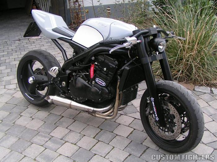 Click image for larger version  Name:Triumph (7).jpg Views:10 Size:97.6 KB ID:3717