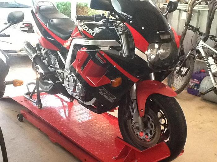 Click image for larger version  Name:GSXR.jpg Views:9 Size:95.1 KB ID:4409